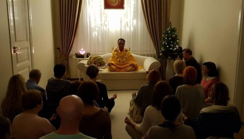 Vakarinė meditacija su Mokytoju Šri Prakaš Dži